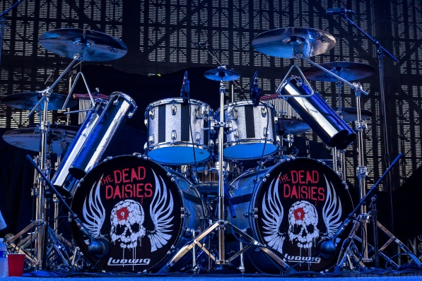the-dead-daisies-1