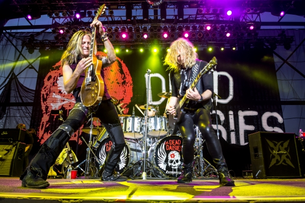 the-dead-daisies-64