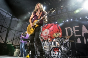 the-dead-daisies-79