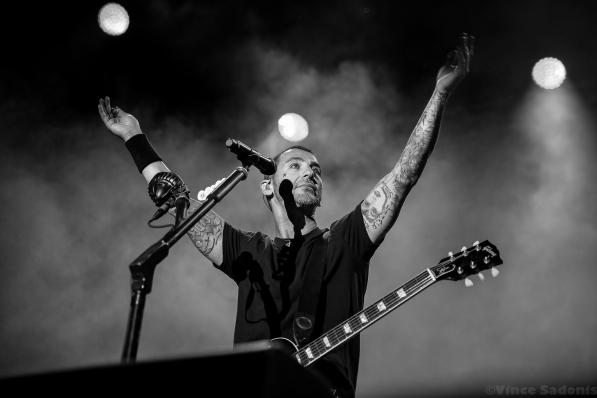 Godsmack 122