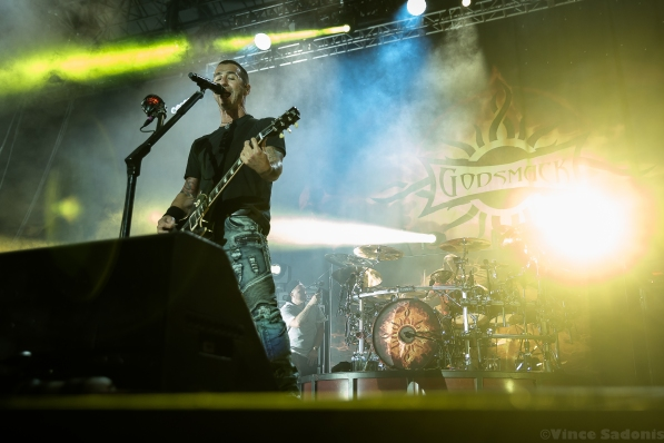 Godsmack 140