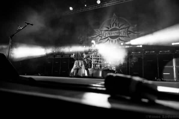 Godsmack 34
