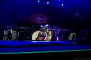 Godsmack 90