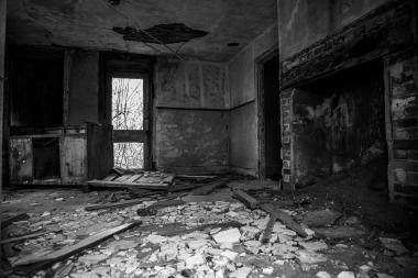 Abandoned House 16