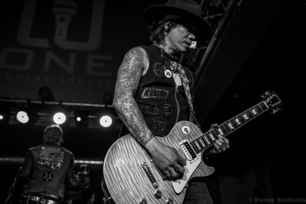 Buckcherry 24