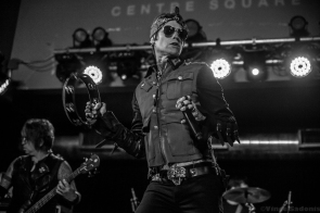 Buckcherry 33