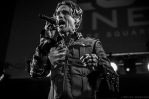 Buckcherry 48