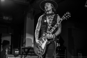Buckcherry 80
