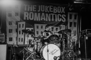 Jukebox Romantics 8