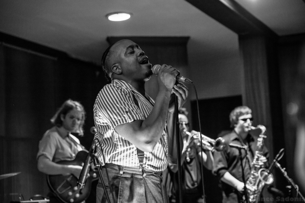 Durand Jones & The Indications 20