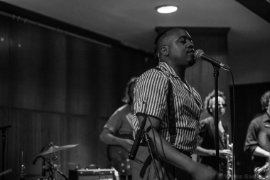 Durand Jones & The Indications 33