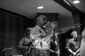 Durand Jones & The Indications 8